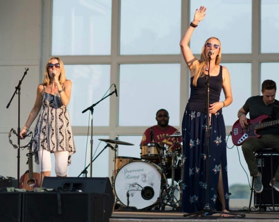 Outdoor summertime shows are the best (photo credit: Donna Miller)